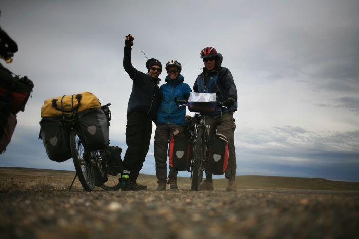 Francuscy rowerzyści podróżujący przez Patagonię