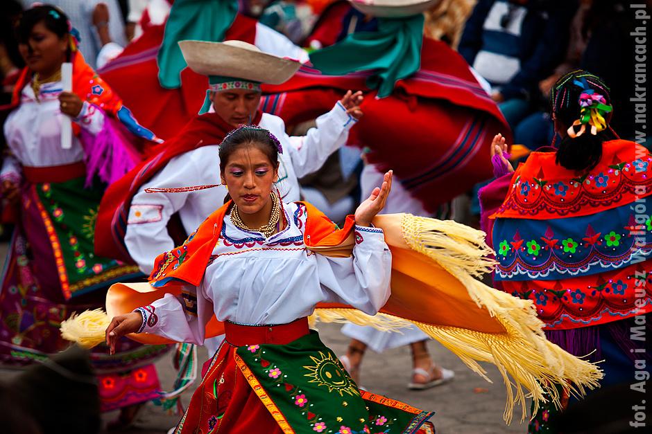 Barwni tancerze z Ekwadoru