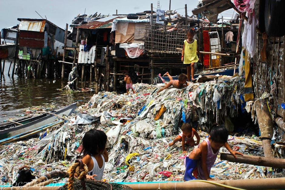 Metro Manila, zdjęcia ze slumsów