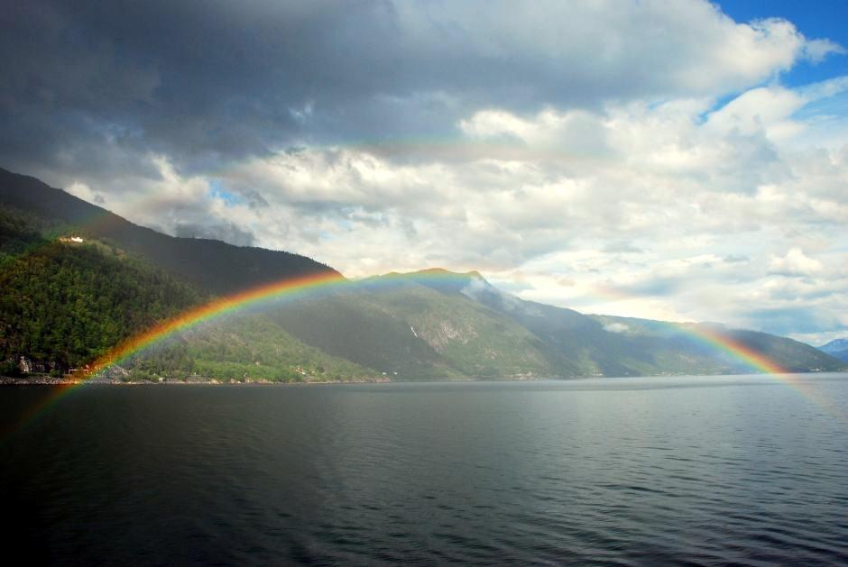 W poszukiwaniu tęczy - podróż przez Norwegię