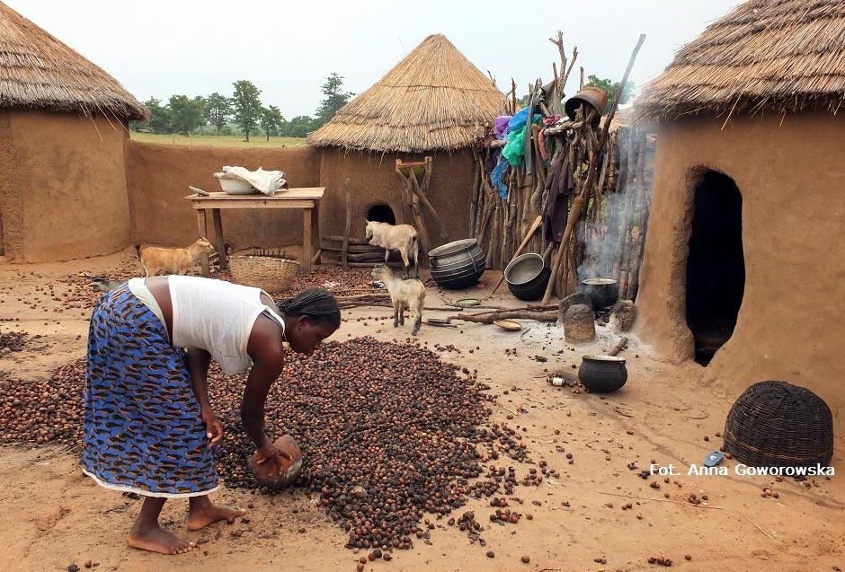 Poranek w afrykańskiej wiosce