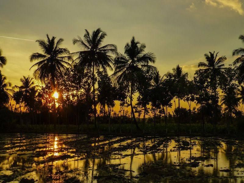 Zachód słońca na Hampi