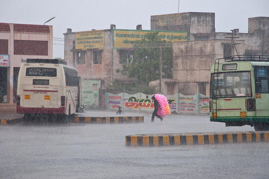 Monsun w Indiach - foto