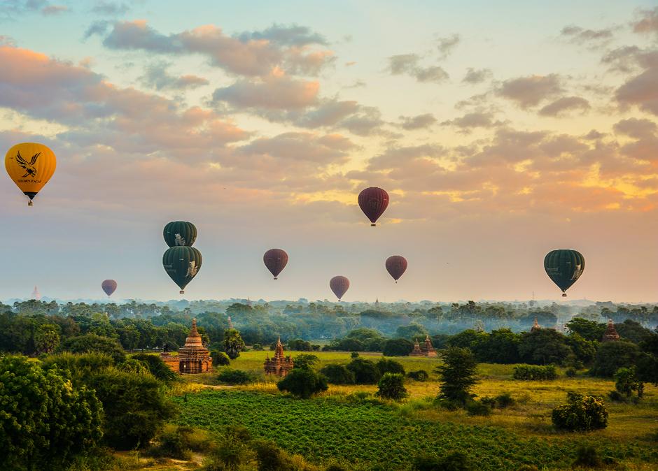 Loty balonem sa popularne wśród turystów