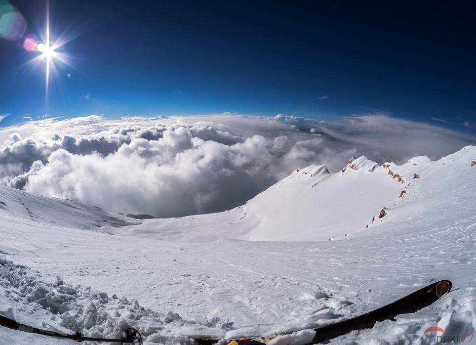 Zjazd na nartach z Czo Oju - zdjęcia Olka Ostrowskiego