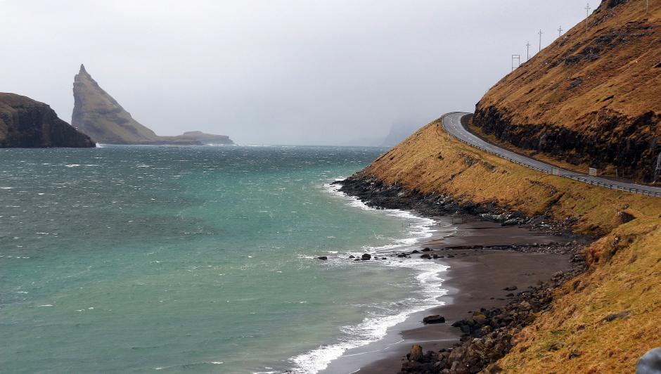 Bezludna fogaraska wyspa - zdjęcia z podróży