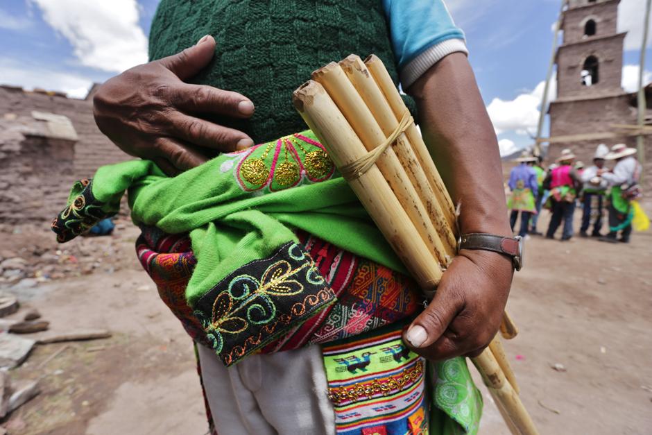 Zampona - stary boliwijski instrument