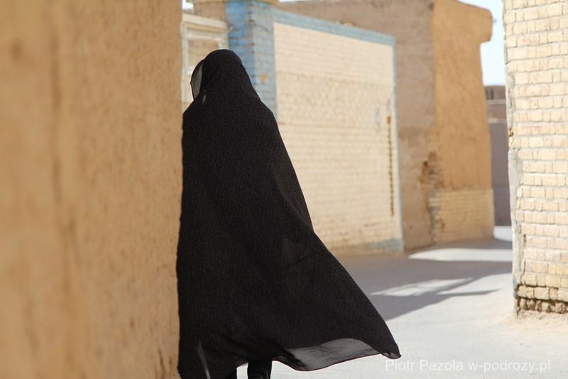 Labirint uliczek, Jazd