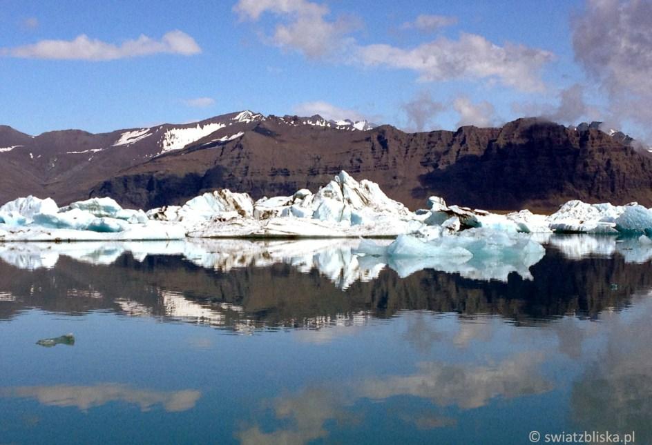 Laguna Jokulsarlon to jedno z najpieksniejszych miejsc na Islandii