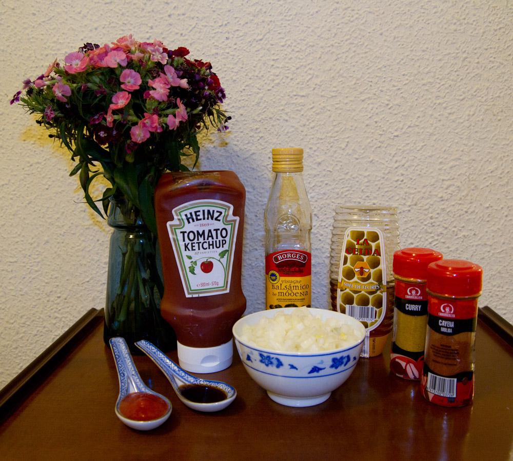 Ingredientes de la salsa del currywurst