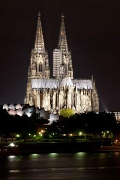 Catedral de Colonia y río Rin, Alemania