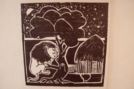 Ilustración de un cuento popular de Mozambique en la Fortaleza de Maputo
