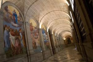 Claustro del Monasterio Real de San Lorenzo de El Escorial, España