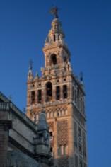 La Giralda, la torre de la Catedral de Sevilla, España