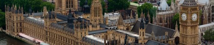 Vista aérea de las Casas del Parlamento de Londres, Reino Unido