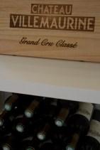 Botellas de vino Château Villemaurine, Saint-Émilion, Francia