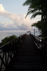 Muelle del campamento de la isla Coiba, Panamá