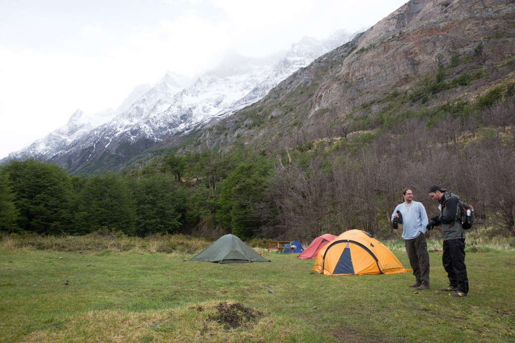Campamento en refugio Grey, Torres del Paine, Chile