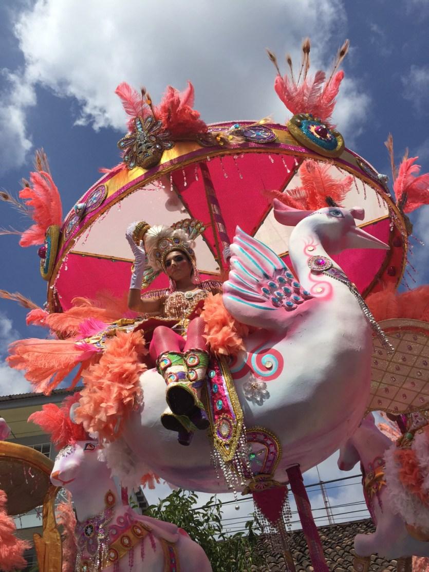 Carroza en los culecos, o fiesta diurna, de los Carnavales de Las Tablas, Panamá