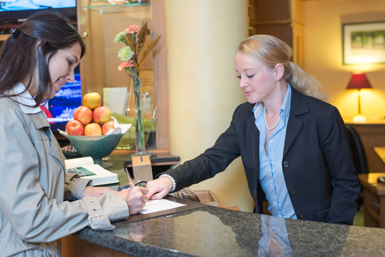Temporary Hotel Management Solutions During Turnovers or Vacancies