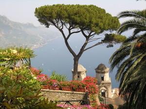 800px-Ravello_Italy_coast