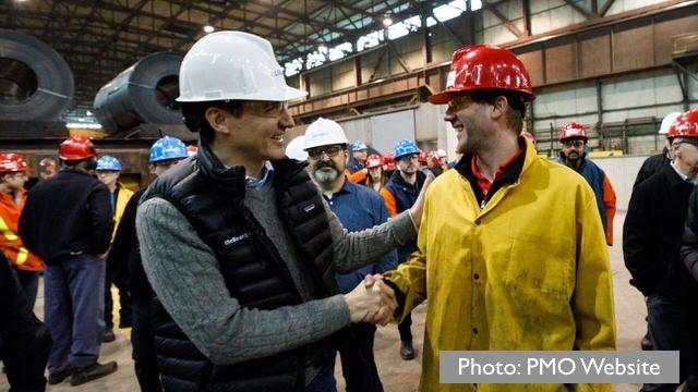Trudeau-Steel-worker-canada