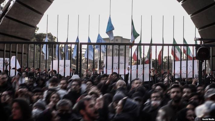 سفیر انگلستان در تهران بازداشت شد