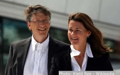 بیل گیتس و همسرش ملیندا پس از ۲۷ سال از یکدیگر جدا میشوند