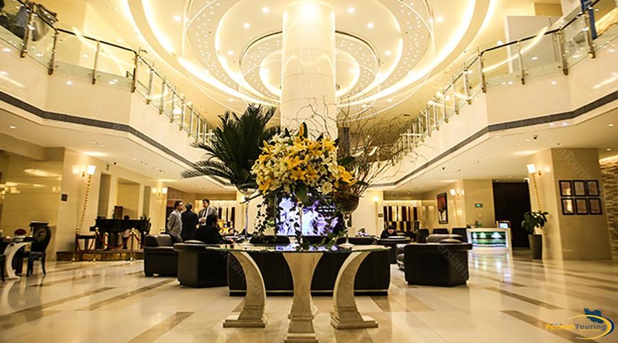 parsian-azadi-hotel-tehran-12
