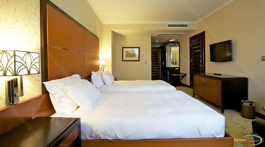 espinas-hotel-tehran-twin-room-1
