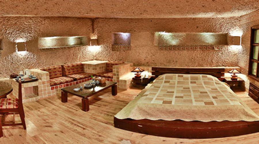 Laleh Kandovan International Rocky Hotel