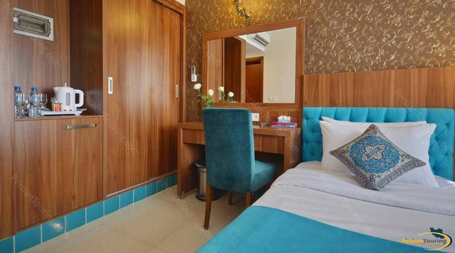 arg-hotel-shiraz-single-room-1