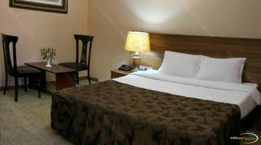 atlas-hotel-shiraz-double-room-1
