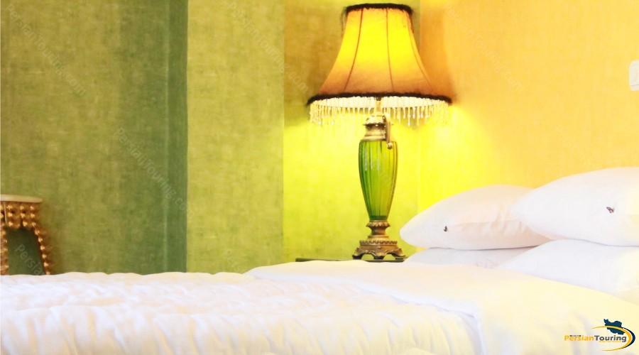 borj-sefid-hotel-tehran-double-room-1