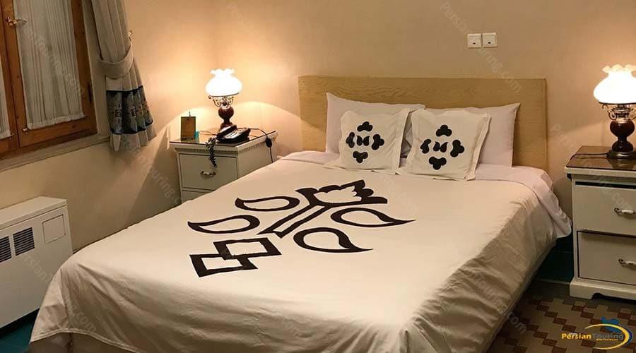 dad-hotel-yazd-double-room-1
