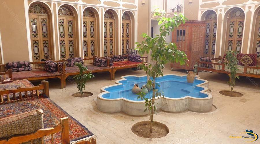 fahadan-museum-hotel-yazd-yard-1