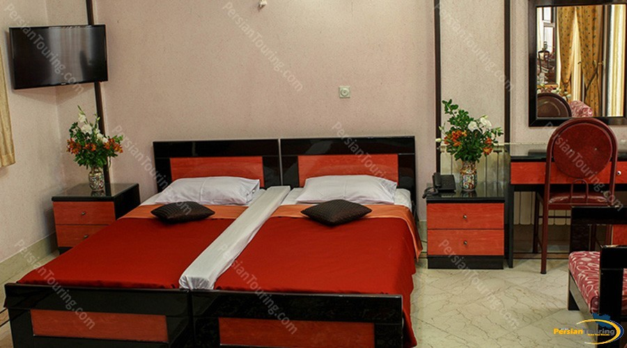 hasht-behesht-hotel-isfahan-twin-room-1