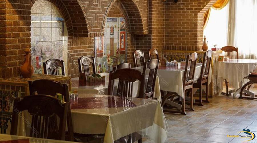 jaamejam-hotel-shiraz-restaurant-2