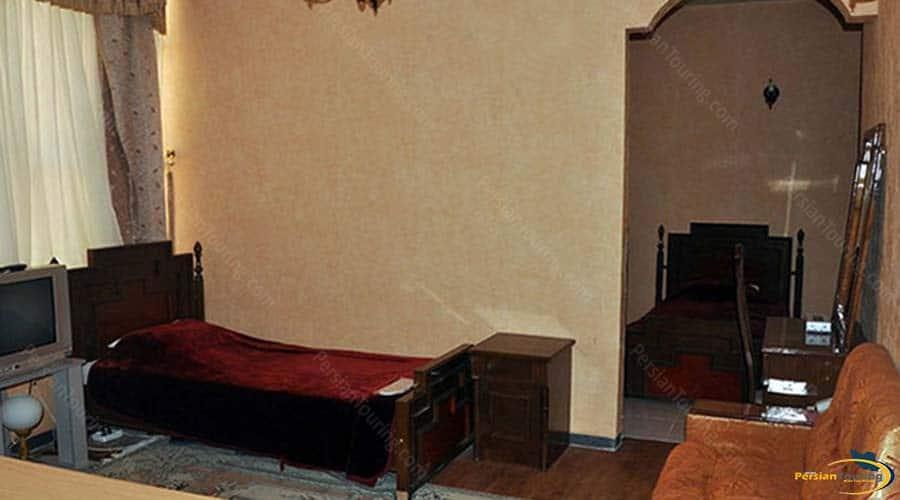 khatam-hotel-yazd-connect-room-1