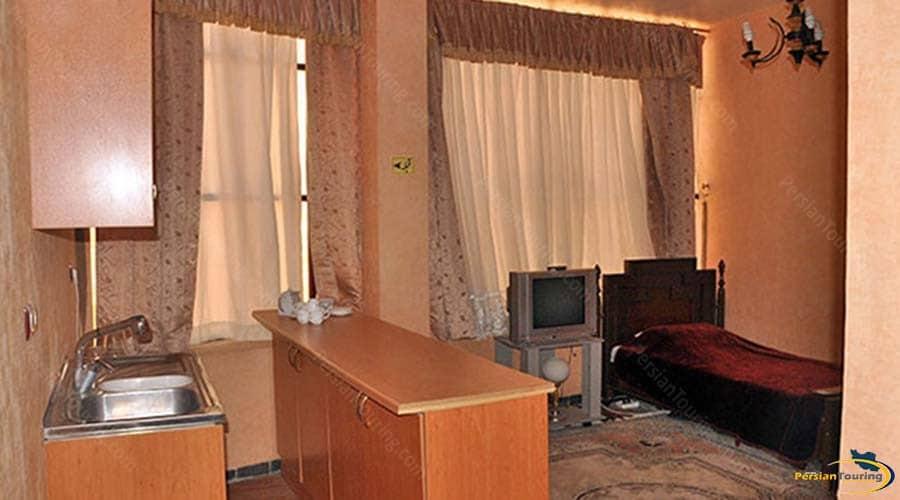 khatam-hotel-yazd-triple suite-1