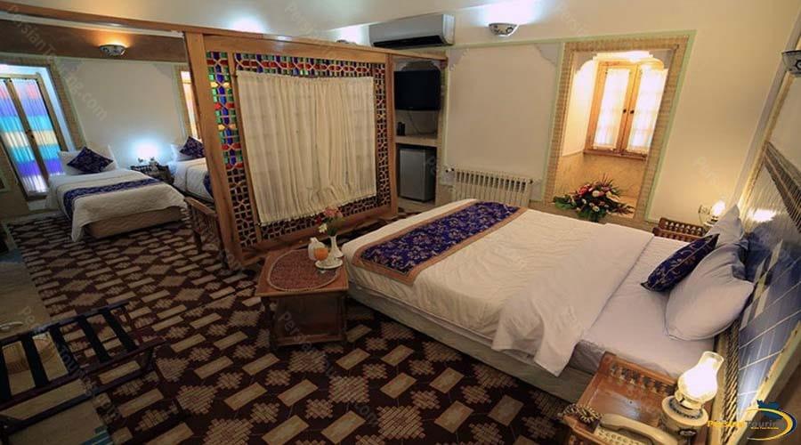moshir-al-mamalek-garden-hotel-yazd-connect-room-2