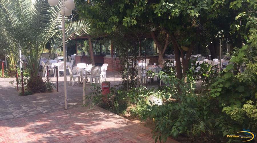 park-hotel-shiraz-restaurant-2