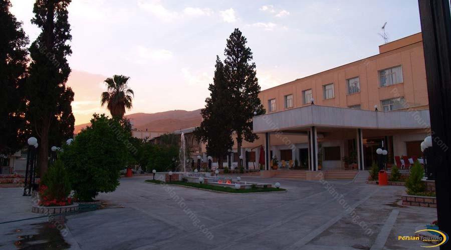 park-saadi-hotel-shiraz-view-1