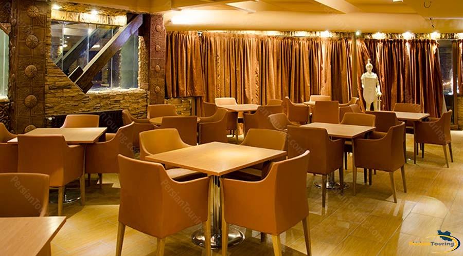 setaregan-hotel-shiraz-italian-restaurant-2