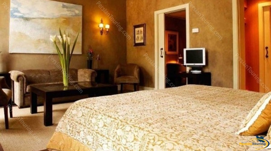 toloo-khorshid-hotel-isfahan–double-room
