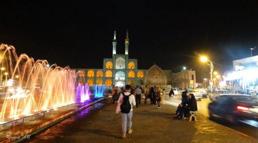 Amir Chakhmagh Complex (2)