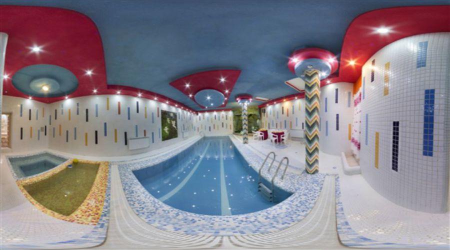 Iranian Hotel Qazvin