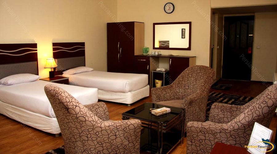 varzesh-hotel-tehran-twin-room-2