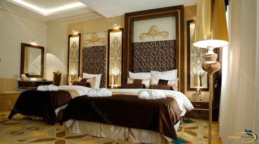 almas-2-hotel-mashhad-africa-triple-room