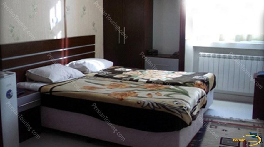 ava-hotel-isfahan-twin-room-2